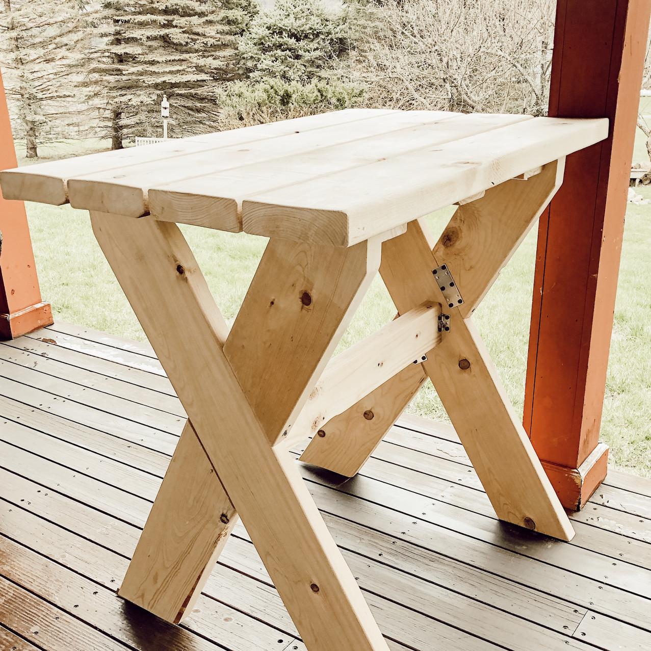 DIY Spring Gardening Table