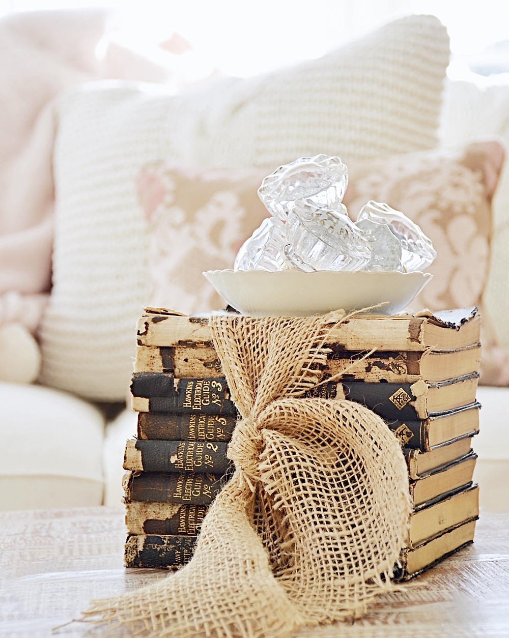 Vintage Valentines Day Home Decorating Ideas