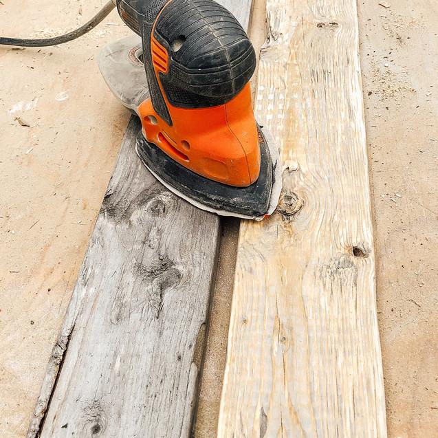 Sanding Pallet Boards