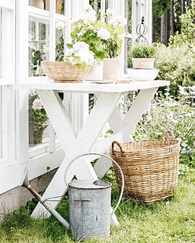 White Outdoor Gardening Table
