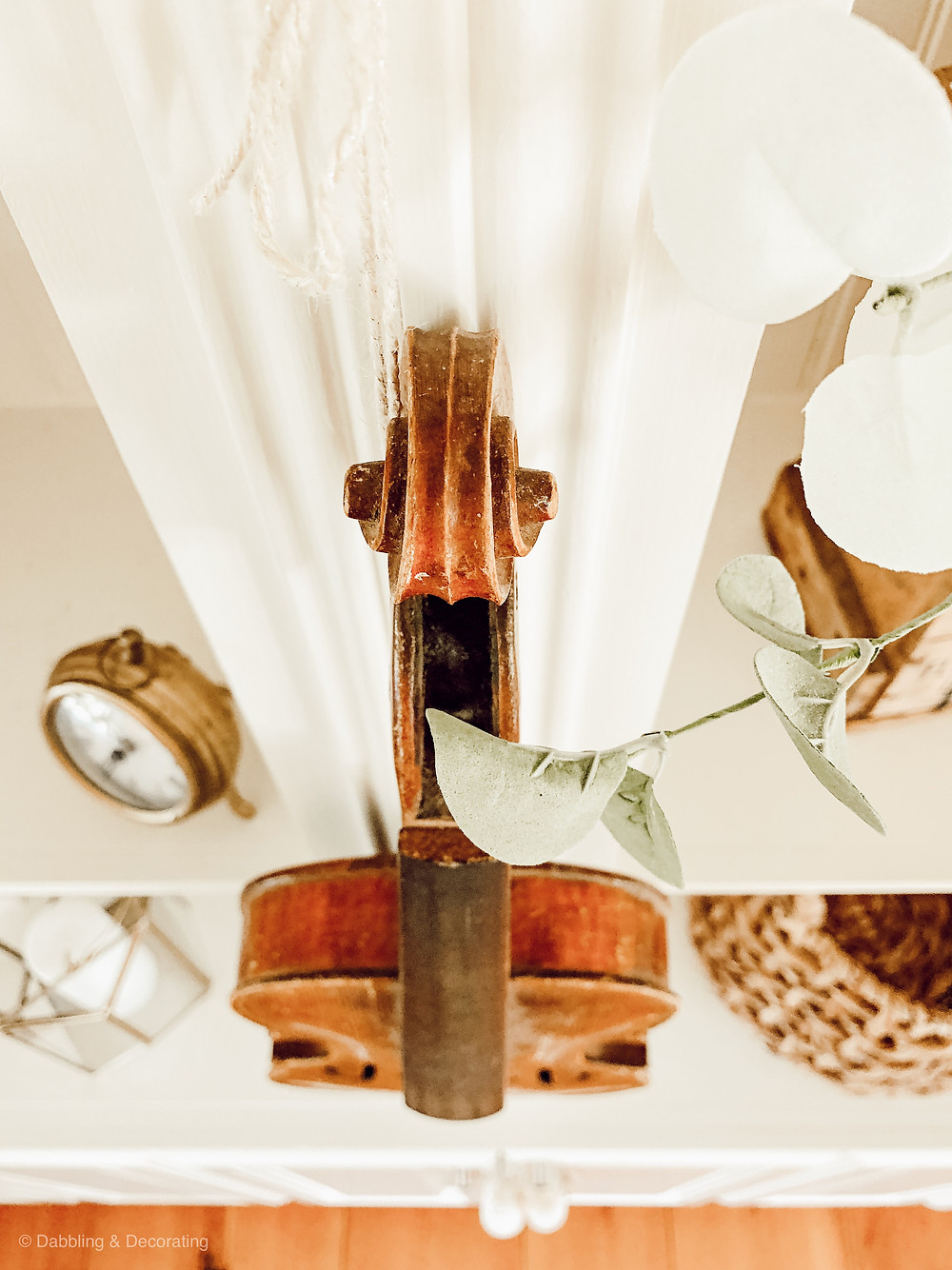 Decorating with Vintage Finds, Vintage Wooden Violin