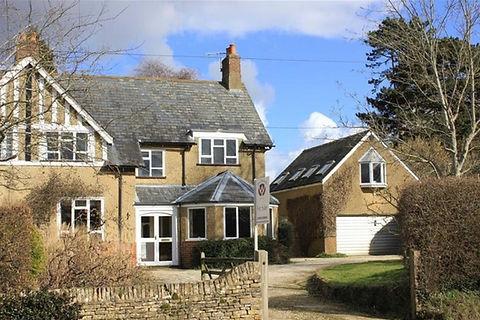 Berwyn - 01 - house from front.jpg