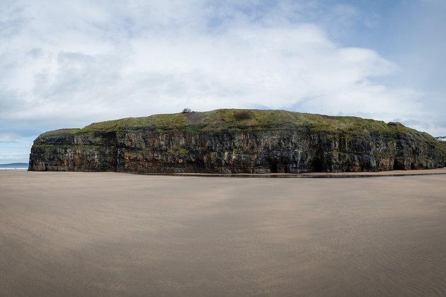 Cliffs at Ladies Beach