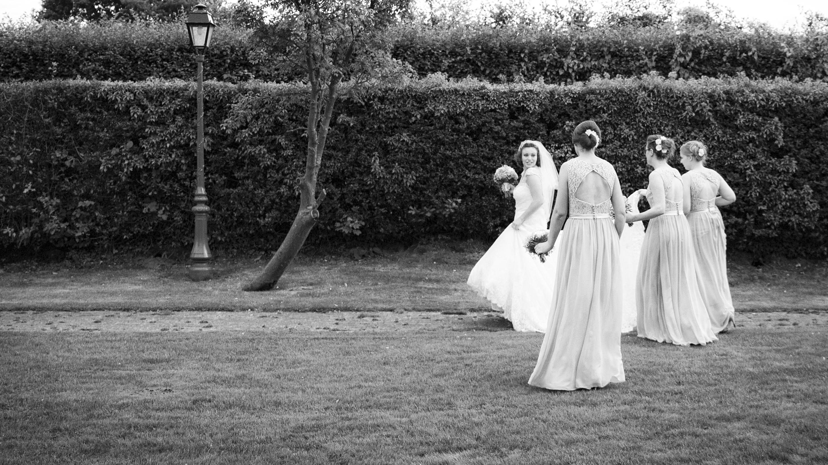 Brides16-9