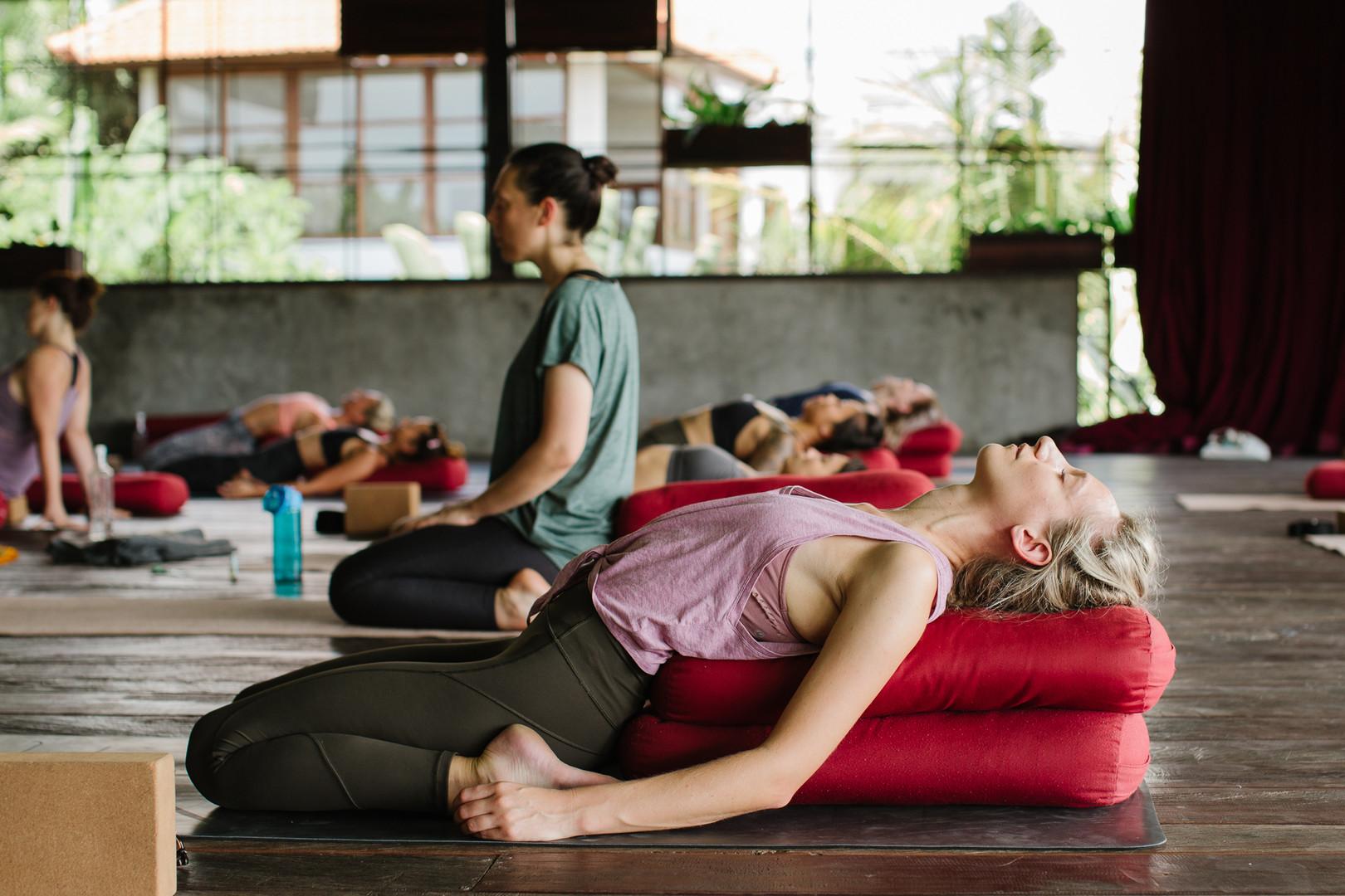 yoga_practice_2019-11.jpg