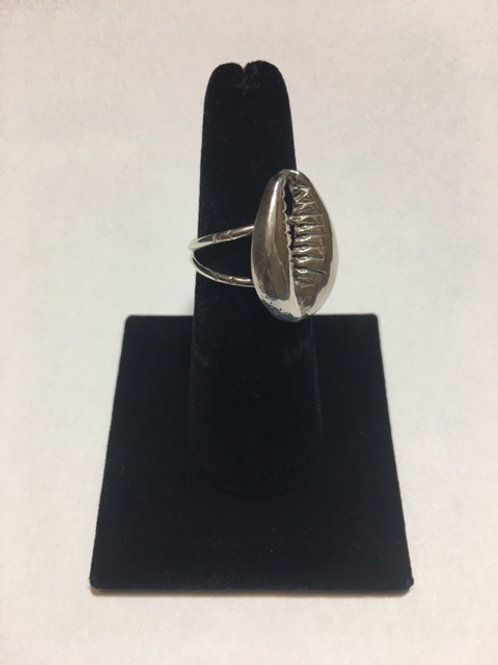 RS46 Silver Cowrie Shell Ring
