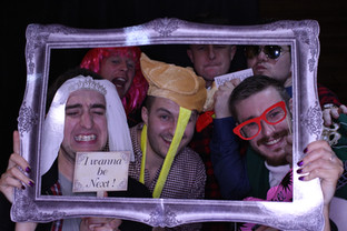 Five reasons to hire a photo booth for your wedding