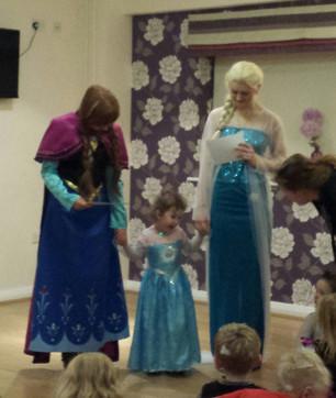 Elsa and Anna Frozen Appearance Birmingham!