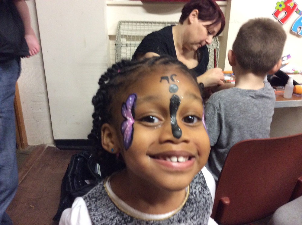 face painer children's parties