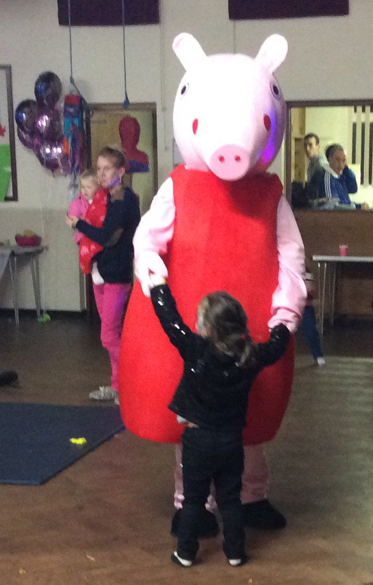 peppa pig meet and greet birmingham childrens party appearance