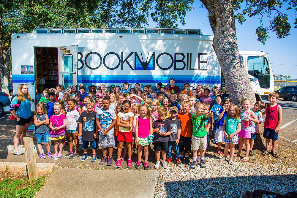 Kids say goodbye to Placer County Library's bookmobile