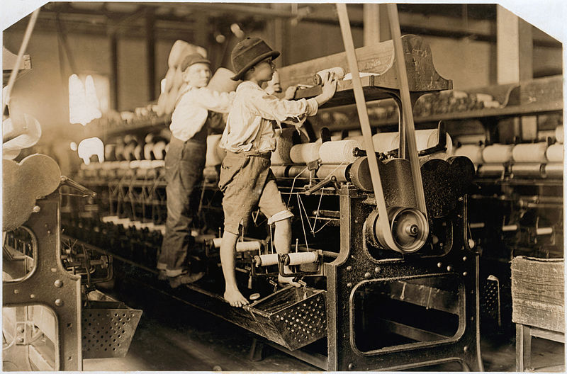 child laborers Macon, Georgia 1908.jpg