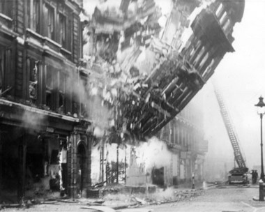 collapsing building on victoria street 1941