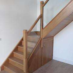 Myles Staircases Glass Stairs-WA0343.jpg