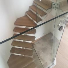 Myles Staircases Glass Stairs-WA0018.jpg