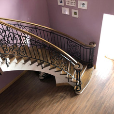 Myles Staircases Curved-WA0316.jpg