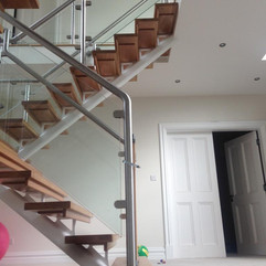 Myles Staircases Contemporary-WA0014.jpg