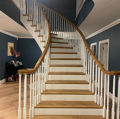 Myles Staircases Curved-WA0102.jpg