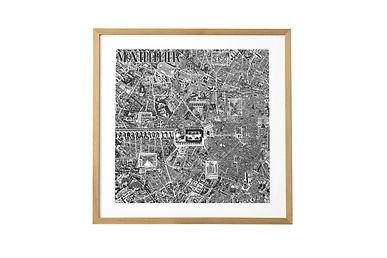 Découvrez ou redécouvrez Montpellier autrement. Parcourez ses ruelles, places et jardins en plongeant dans cette carte fourmillant de détails. L'opéra, la tour de la Babotte, l'arc de Triomphe, le jardin des plantes, la promenade du Peyrou et d'autres.      Sérigraphie artisanale réalisée en atelier sur papier Arches 88 300g, un papier 100% coton au toucher satiné révélant tous les détails du dessin.     Disponible en noir ou en bleu indigo au format 50x50cm.     Cette carte de Montpellier grand format a été réalisée au Rotring et à l'encre. Il représente environ 300 heures de travail étalées sur plusieurs mois. Pour continuer dans cette démarche de travail entièrement à la main, les impressions sont produites grâce à la technique artisanale de sérigraphie dans un atelier local.