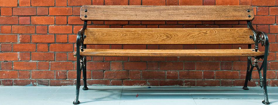 wooden-bench_QytmdE.jpg