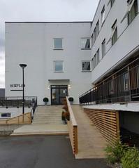 Hotellet med ny trapp 2016.jpg