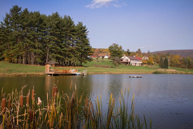 Hemlock_Hills_Farm_web-21-the-pond-&-lod