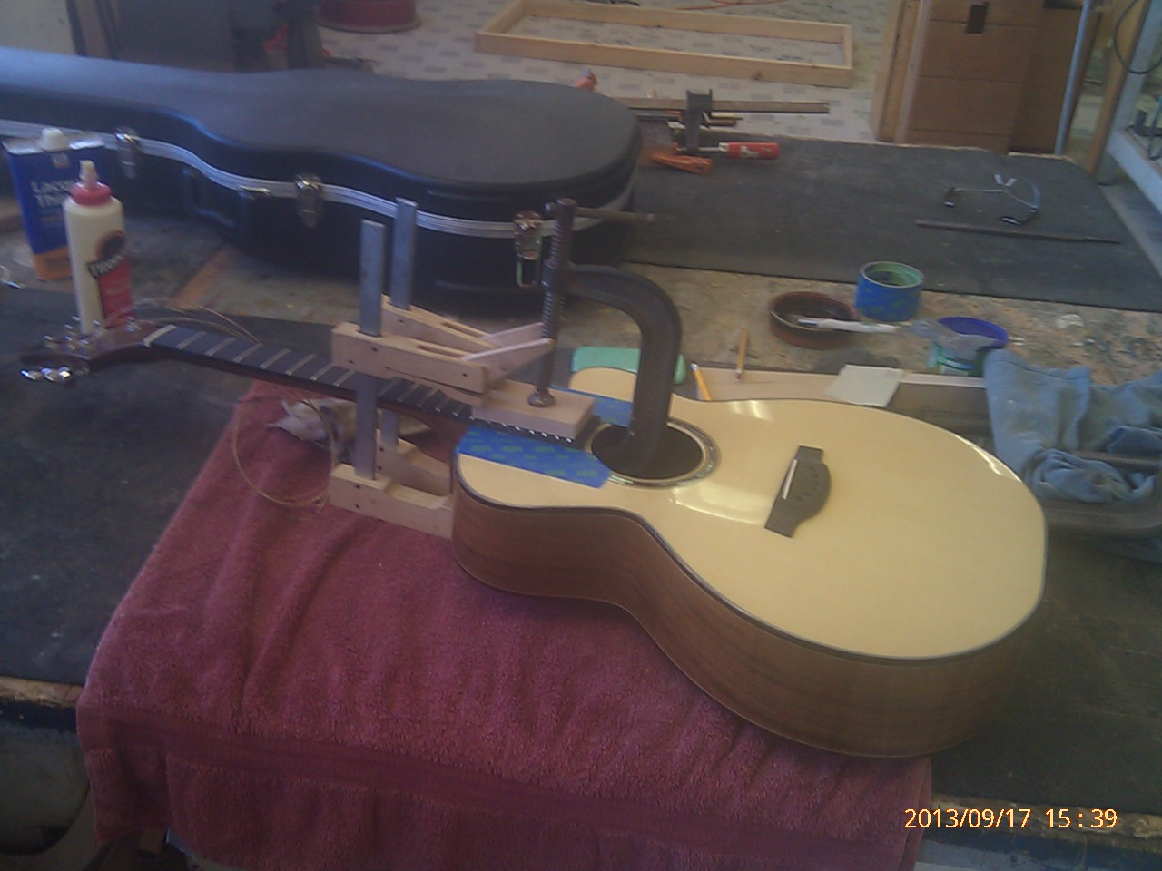 Guitar Building Phone Pics Spring 2013 138.jpg