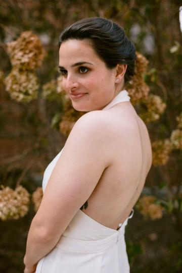 ann arbor bride wearing natural makeup