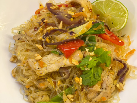 Stir Fried Chicken Glass Noodles - Who woulda thunk it!
