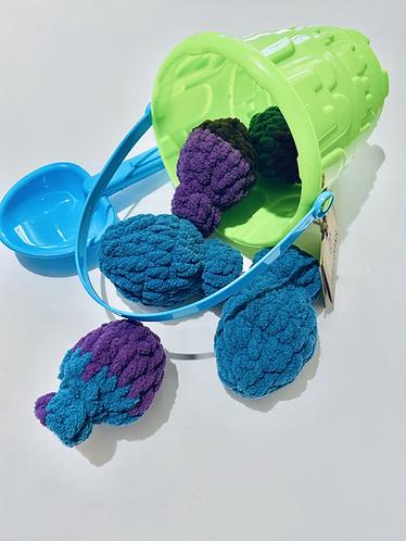 Green Bucket & 5 Reusable Water Balloons