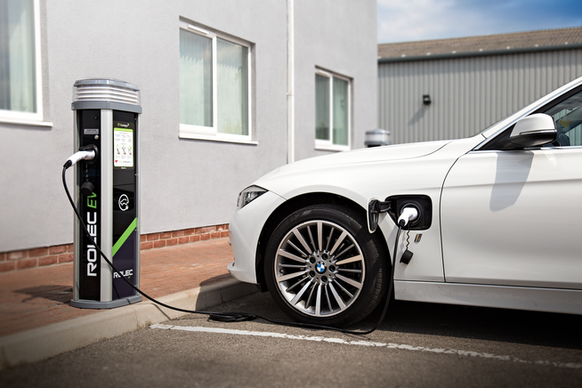 The 5 most common questions asked when installing EV chargers