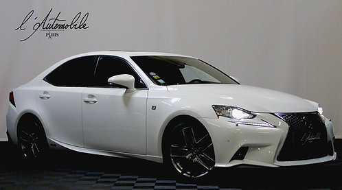 Lexus IS300H Sport