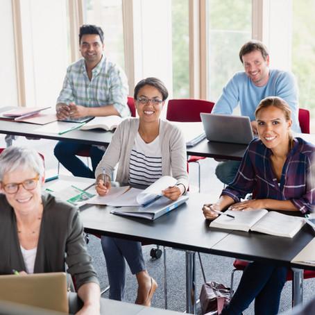 Formación del profesorado: competencias docentes que van más allá de la transmisión de conocimientos