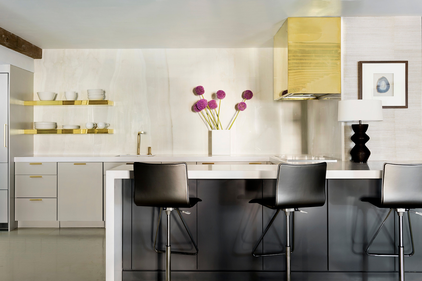 Boston Harbor   Lisa Tharp Design   Kitchen