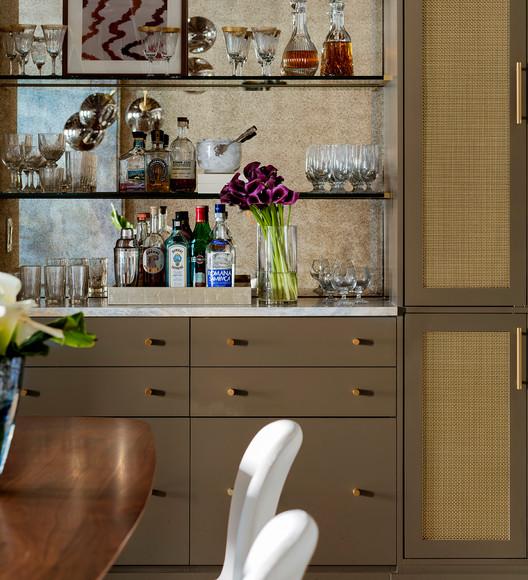 Boston Harbor   Lisa Tharp Design   Bar