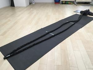 長くて太いロープ