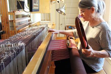 Janet-Bealer-Weaving-2.jpg