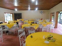 Amplo salão de festas