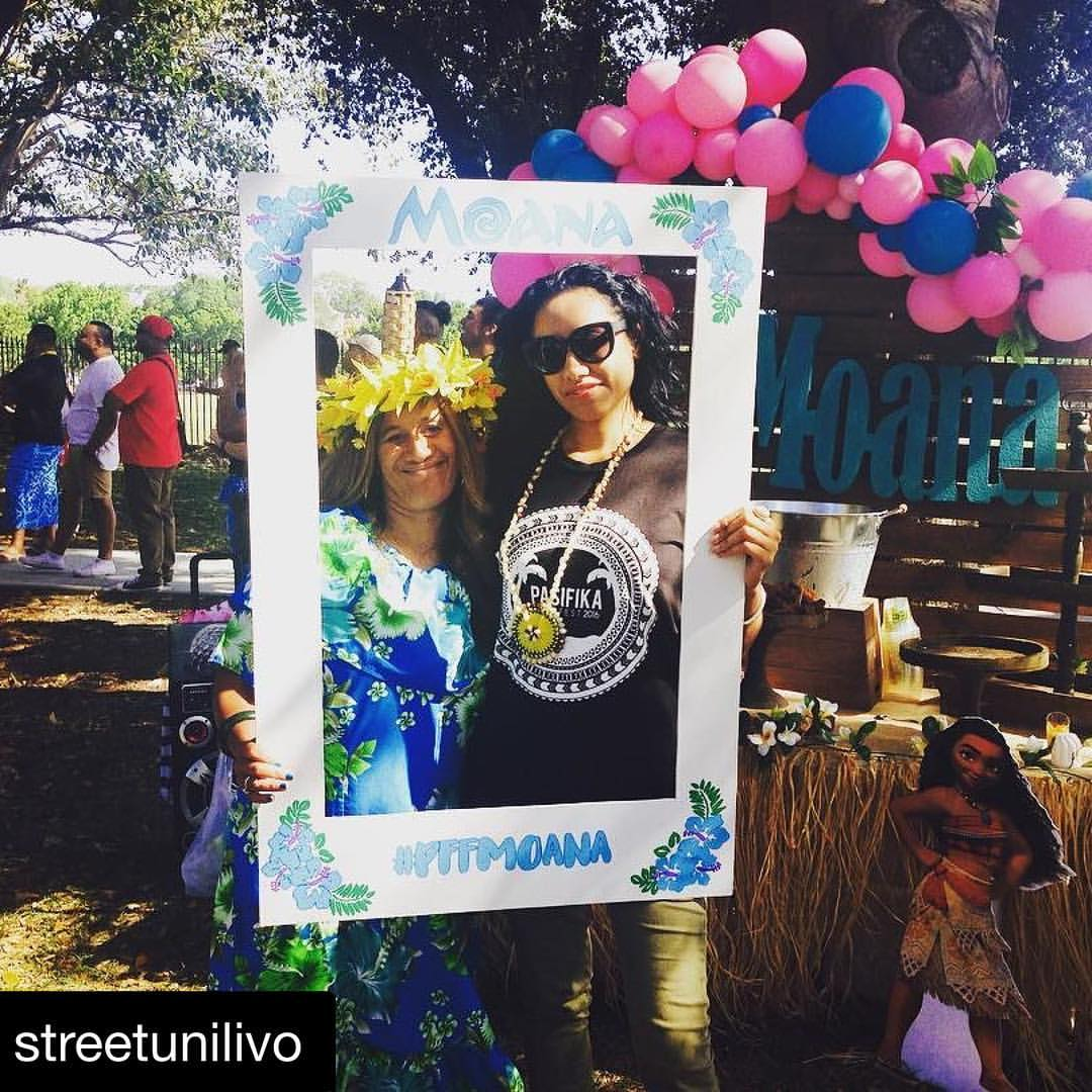 #Repost__streetunilivo_with__repostapp_・・・_At_the__pasifikafilmfest_ready_to_watch_the_#Moana_movie!