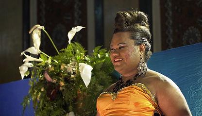 Gown smile - Lady Eva.jpg