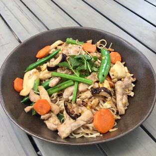 Pad Mee Sua Chicken Noodles