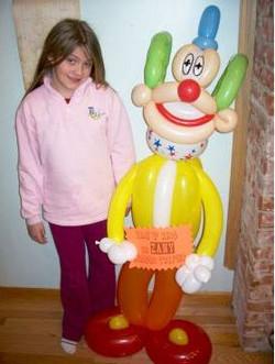 Zena with clown balloon