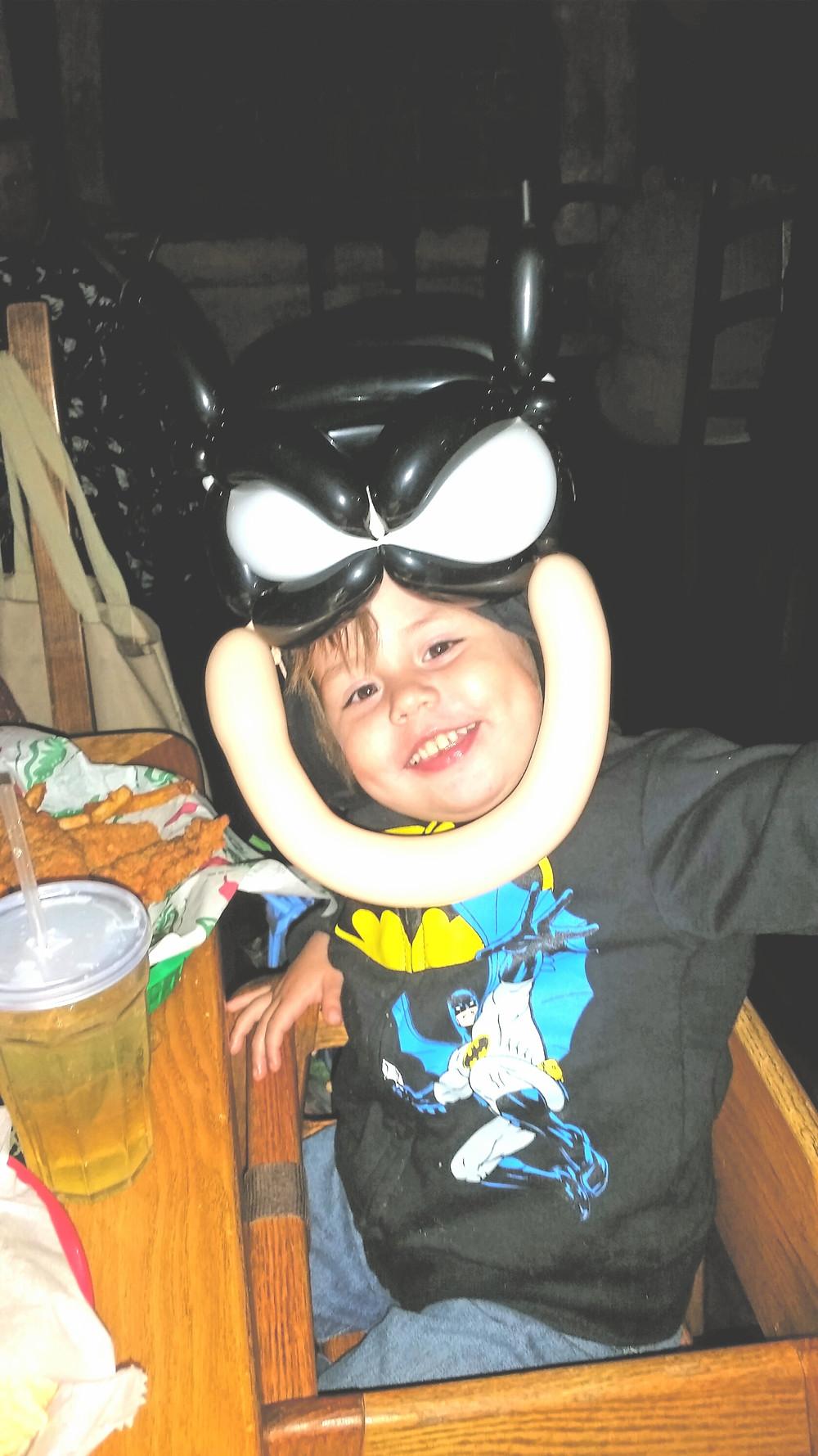 batman Superhero balloon twister sculpture