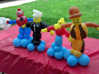 Lego People Balloon animal twisting in Denver
