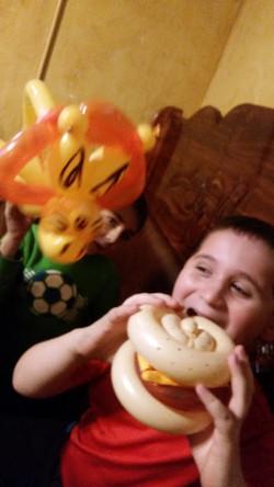 Burger & Lion  Balloon Animal Denver