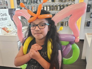 Balloon animal Butterfly wearable backpack at Denver Sprint