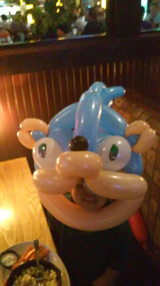 Sonic the Hedgehog  Balloon Animal