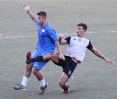Prima squadra: esordio ufficiale in amichevole contro la Genova Calcio.