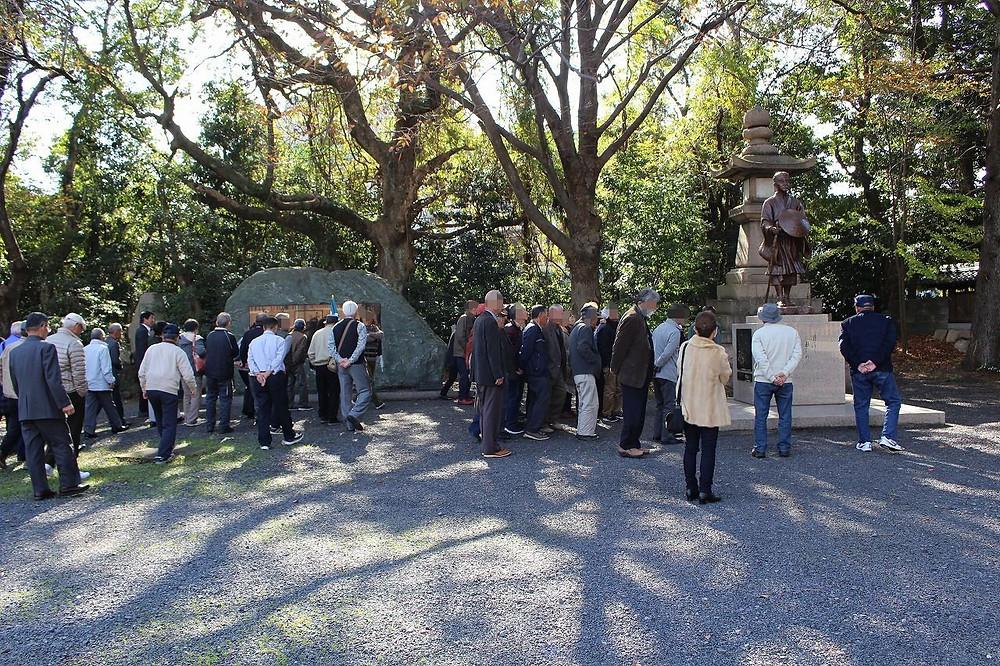 松尾芭蕉の記念碑を見学