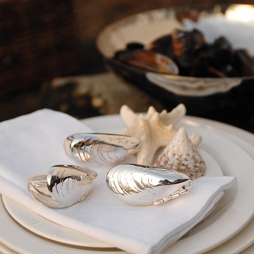 Silver-plated Mussel Eaters